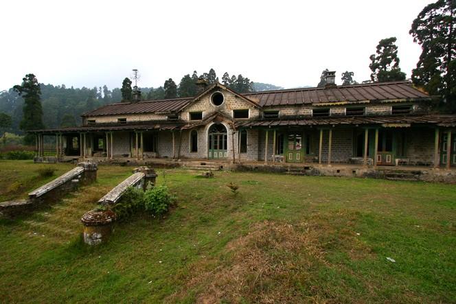 In Darjeeling, an abandoned tea growers' club