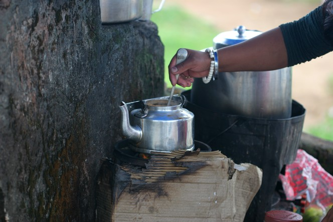 How to keep warm with tea