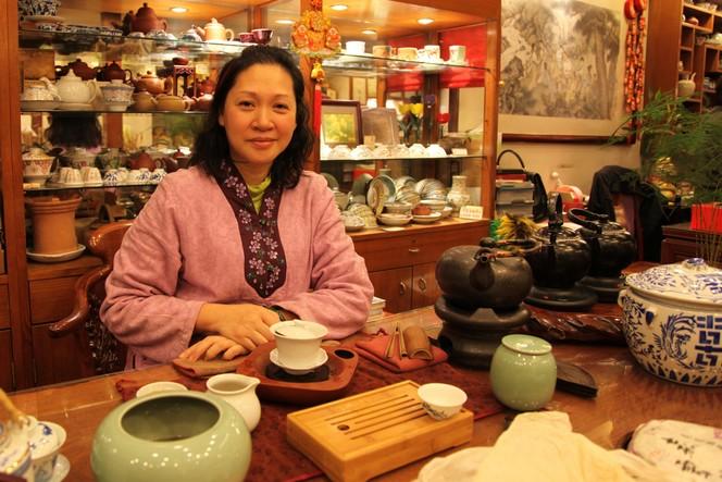 Yabo cha fang: a tea house in Hong Kong